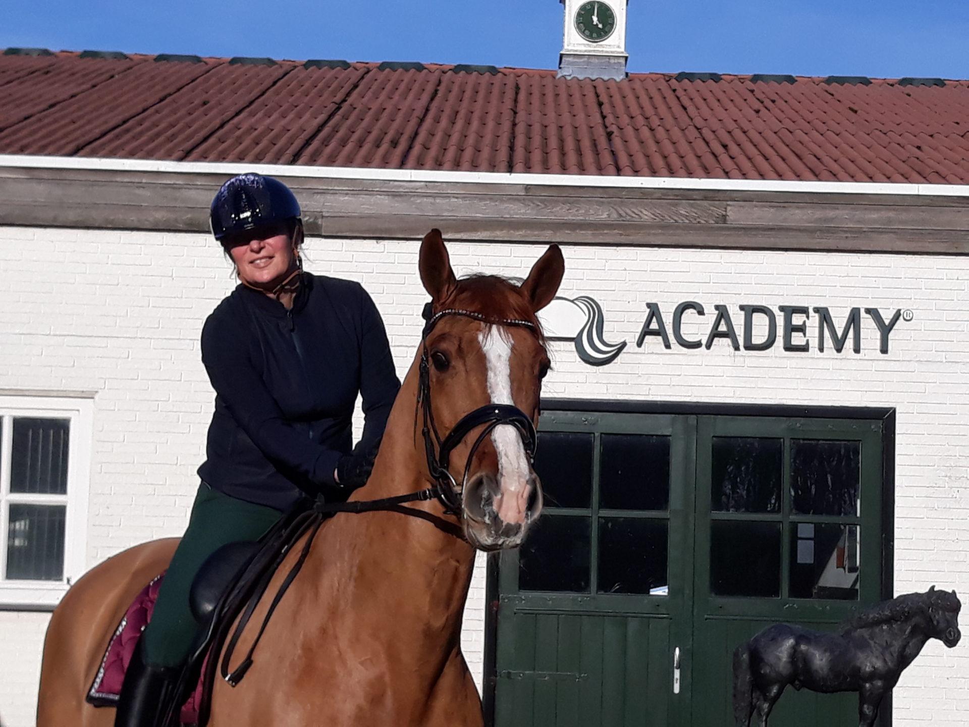 Janneke Schreeuwen - Trainingsarrangement Academy Bartels