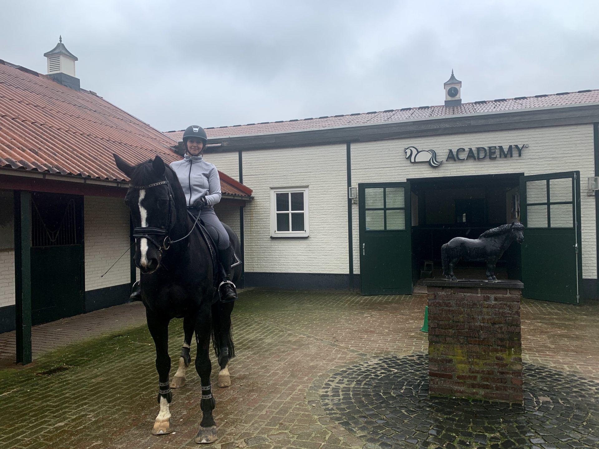 Annabel Steller-Trainingsweek Academy Bartels